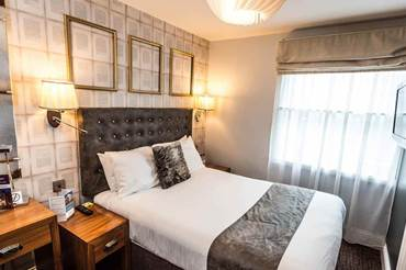 City Pad Room in Nottingham mercure-nottingham-city-centre-hotel-city-pad-room.jpg (1)